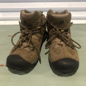 Ozark Trail Leather Hiking Boots | Size 8.5
